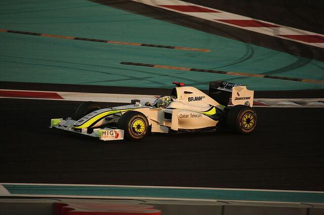 File:Jenson Button (Brawn BGP 001) on Sunday at 2009 Abu Dhabi Grand Prix.jpg