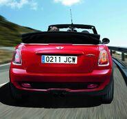 Mini-cooper-john-cooper-works-cabrio 25