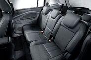 Fordgrandcmax---08
