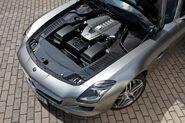 Mercedes-SLS-AMG-7
