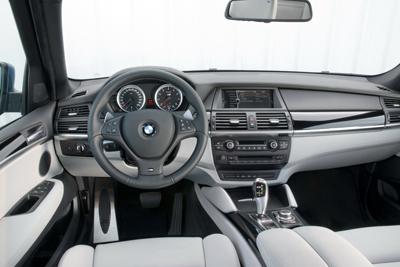 2010-BMW-X5M-15small