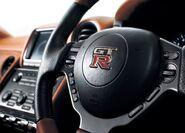 Nissan-gt-r 2011 4e