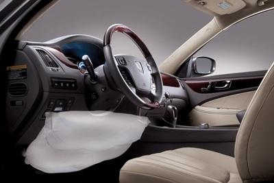 2011-Hyundai-Equus-14small