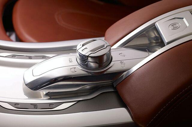 File:Land Rover LRX Concept 7.jpg