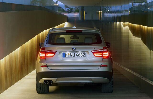 File:2011-BMW-X3-80.JPG