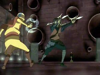 קובץ:Aang evades Jet.png
