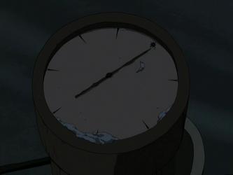 File:Sand-sailer compass.png
