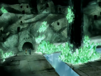 File:Crystal Catacombs houses.png