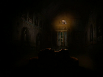 File:Tomb of Two Lovers interior.png