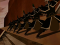 Royal Earthbender Guards fighting stance.png