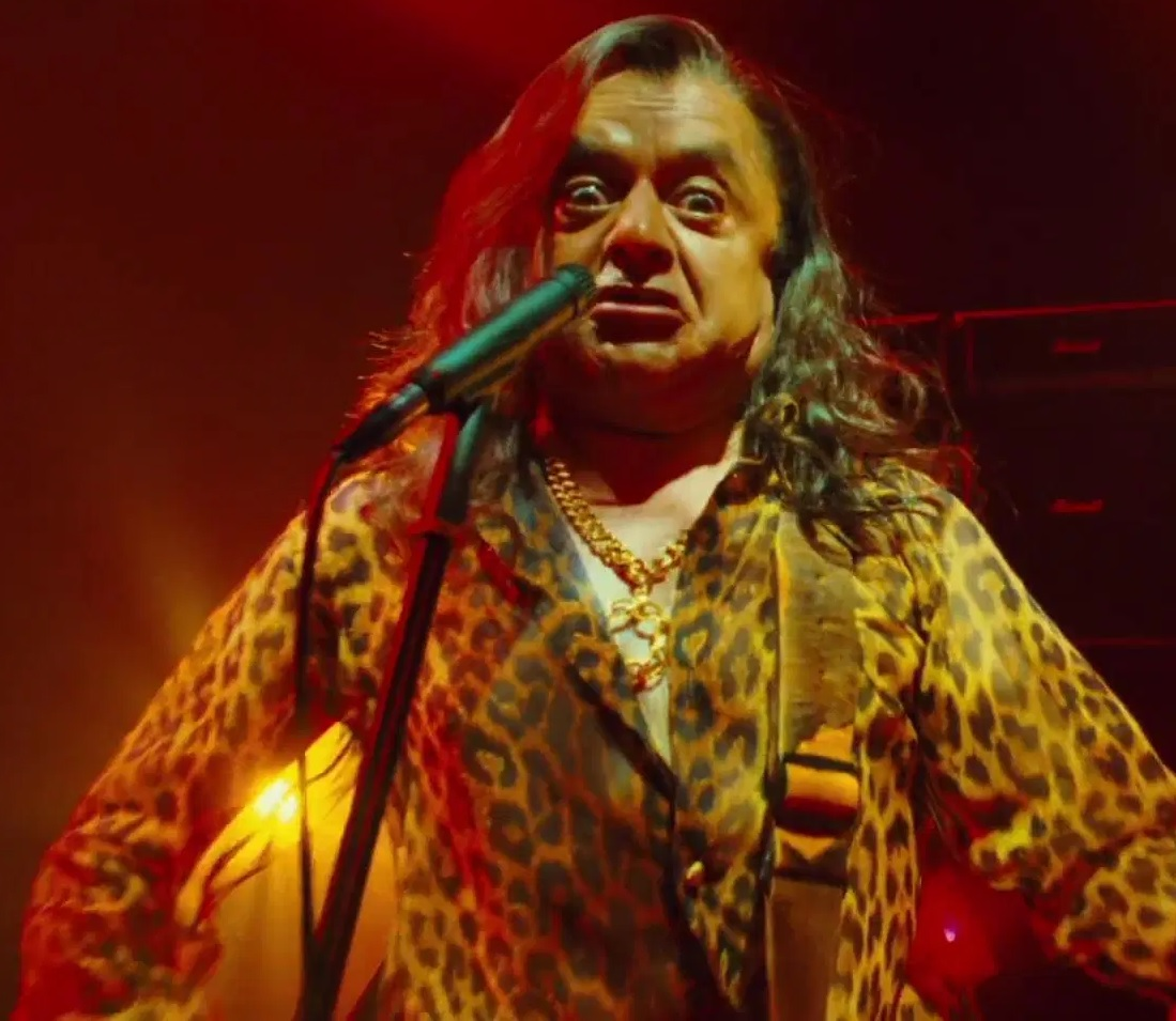 File:Deep Roy as Oompa Loompas (Rock Band Member 3).jpg
