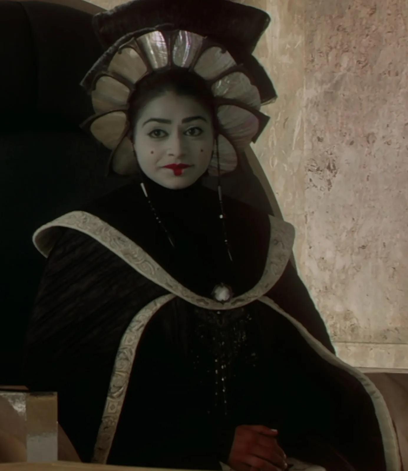File:Ayesha Dharker as Queen Jamillia.jpg