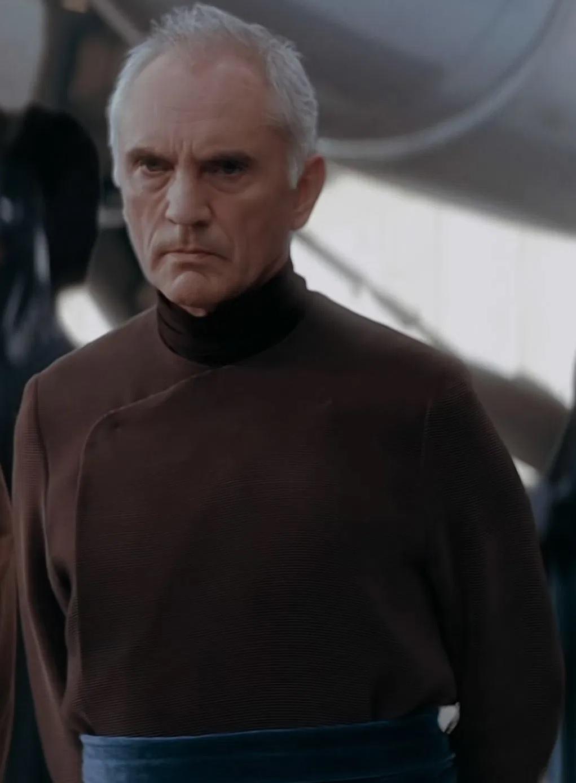 File:Terence Stamp as Chancellor Valorum.jpg