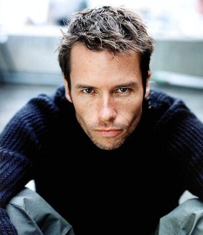 File:Guy-pearce76.jpg