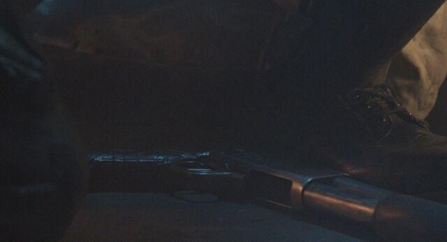 File:Hicks' shotgun on the floor.jpg
