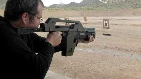 ALIENS Pulse Rifle M41-A shoots real ammunition, not blanks video 2