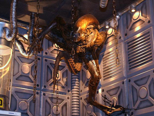File:Alien-disco-009.jpg