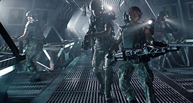 File:Aliens rnot Smart.jpg