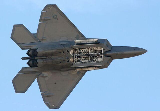 File:F-22 Raptor Internal Weapons Bay.jpg