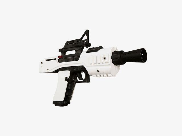 File:Sonn-Blas SE-44C blaster pistol.jpg