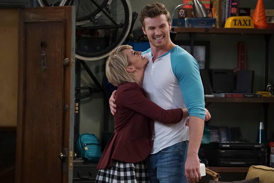 'Baby Daddy' Finale Sneak Peek: Riley Finally Admits Her Feelings to Danny