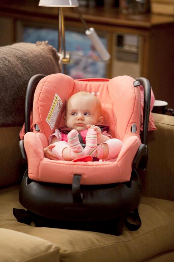 Baby Daddy Scoop: Ben Enlists Greek Star to Break Rileys