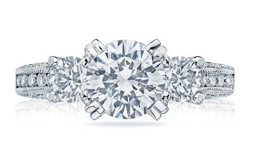 File:Bachelor 12 Ring.jpg