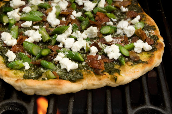File:Bacon, Asparagus, and Goat Cheese Grilled Pizza.jpg