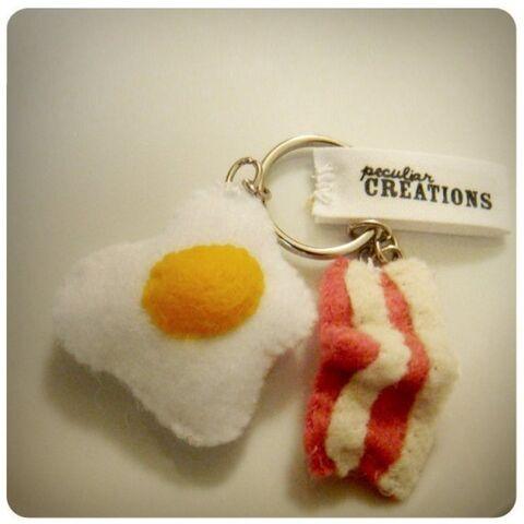 File:Rise and shine key chain - felt bacon and eggs.jpeg