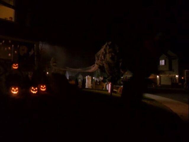 File:Halloweentown-disneyscreencaps.com-12.jpg