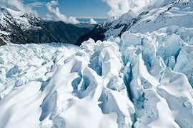 Glacier-valley-shuttle-main 10000 266 r 400 266 exact height