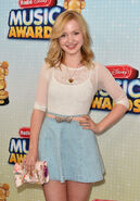 Dove+Cameron+2013+Radio+Disney+Music+Awards+gcGE2iP9ZMpx