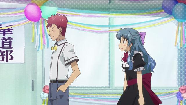 File:Matsuri-Aki asking yuuji.jpg