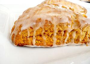 Pumpkin-scone-side