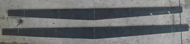 File:Making little ladder beams - method 1 - 03.jpg