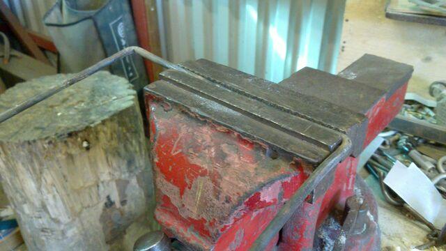 File:Making rectangular pulling handle for cheiroballistra - 01.jpg