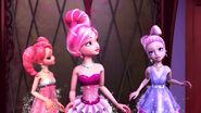Barbie-fashion-fairytale-disneyscreencaps.com-3337