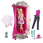 Barbie A Fashion Fairytale Glitterizer Wardrobe