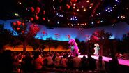 A-day-in-the-park-with-barney-universal-studios-florida-4748-oi