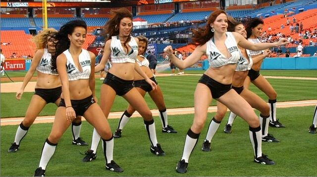 File:2007 Marlins Mermaids 1.jpg