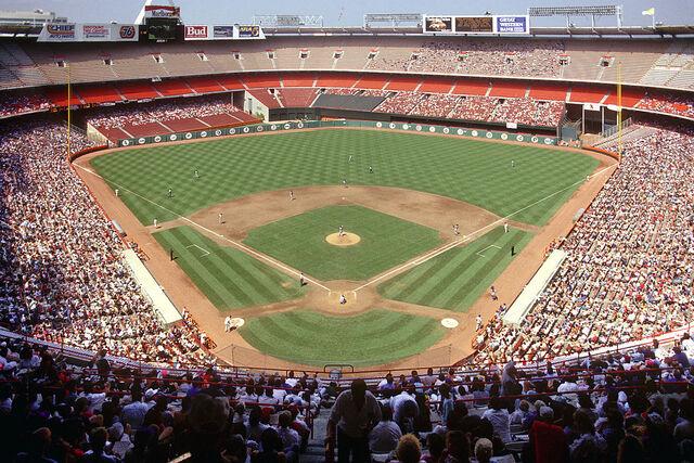 File:Anaheim Stadium 1991.jpg