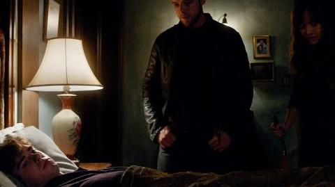 Bates Motel Dylan and Emma Have a Connection