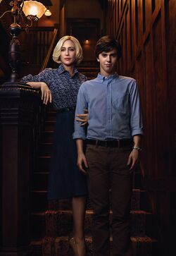 Bates Motel S2 Norman and Norma