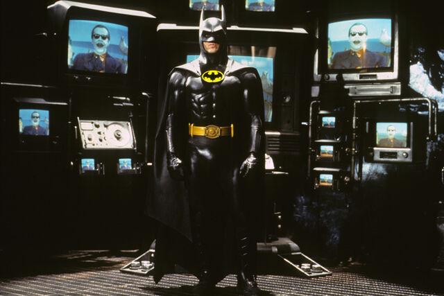 File:Batman-1989-12-g.jpg