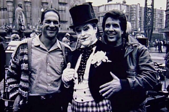 File:Batman 1989 - Guber, Peters and Nicholson on set.jpg