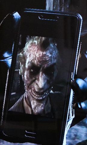 File:Joker Phone.png