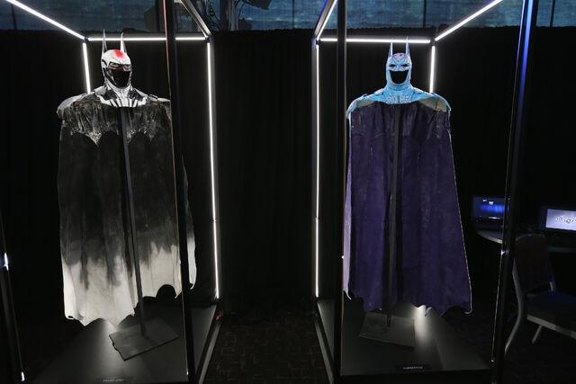 File:SDCC2014-Batman-Cape-Cowl create Art Exhibit 452635930.jpg