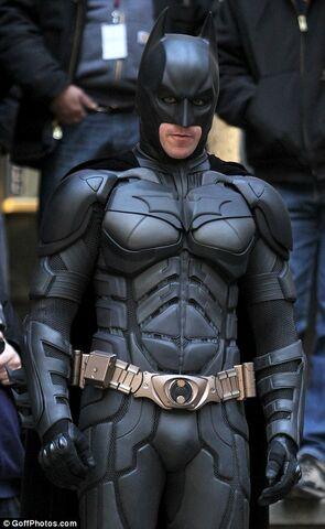 File:Batman close up TDKR.jpeg