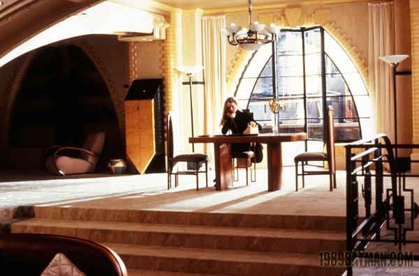 File:Batman 1989 (J. Sawyer) - Vicki Vale 10.jpg