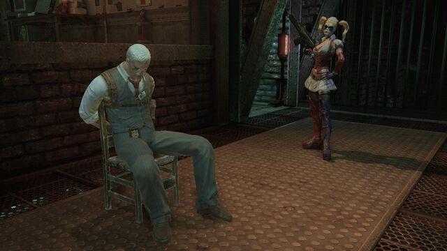 File:Harley with hostage Gordon1.jpg